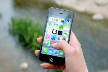 Почему «тормозят» iPhone – отвечает Apple