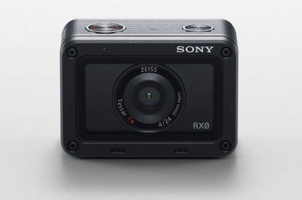 Экшн-камера Sony RX0