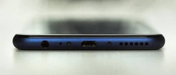 Толщина Huawei Mate 10 Lite