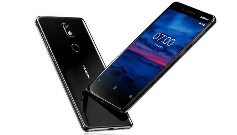 Nokia 7 Plus фото