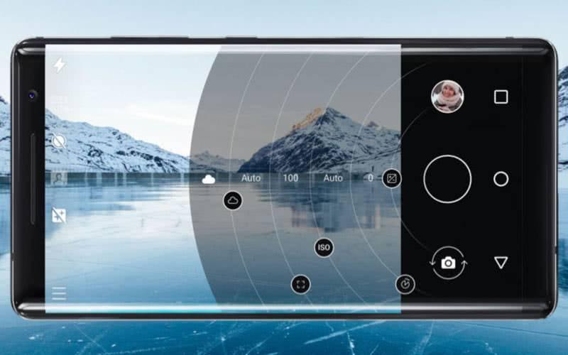 Nokia 8 Sirocco фотографии