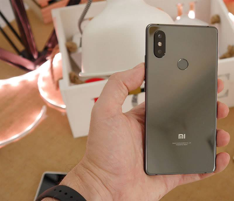 Xiaomi Mi 8 SE камера