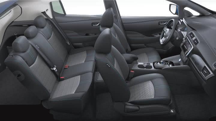 Салон Nissan Leaf 2018