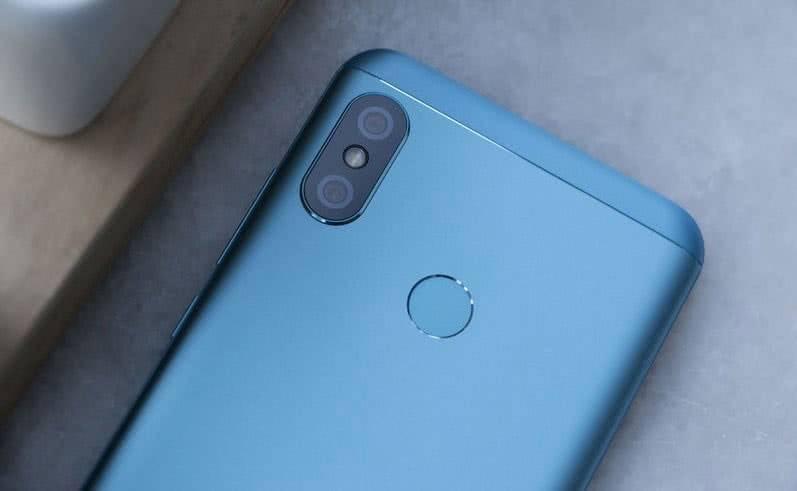 Xiaomi Redmi 6 Pro камера
