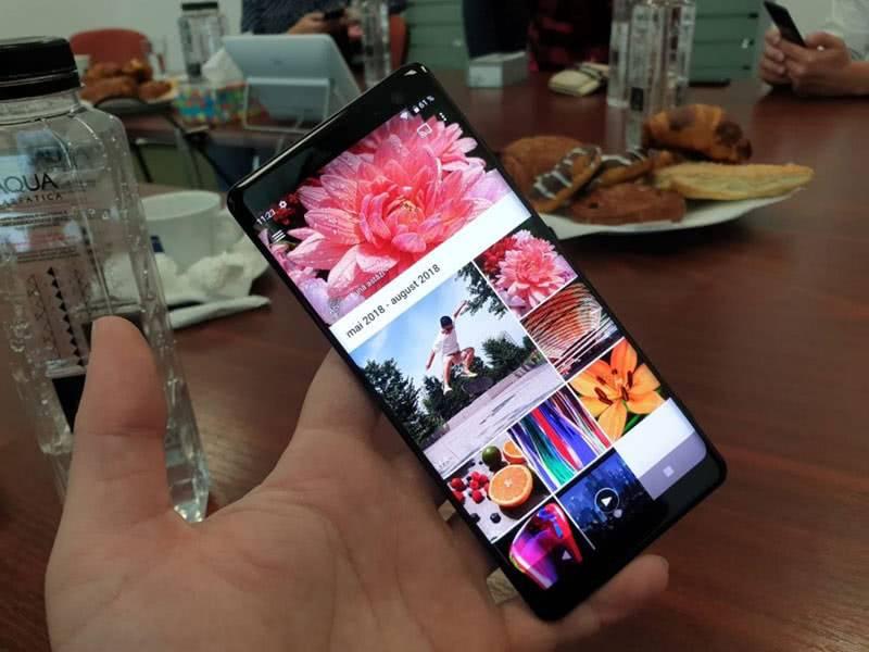 Дисплей Sony Xperia XZ3