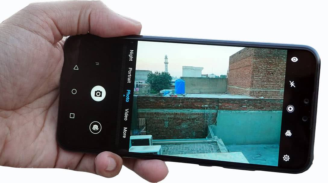 Съёмка фото на смартфоне Huawei Y9 2019