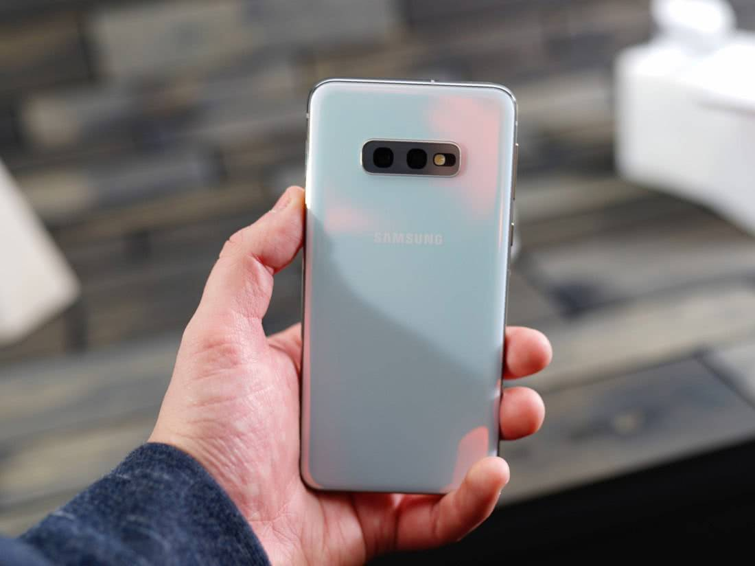 Камеры Samsung Galaxy S10e