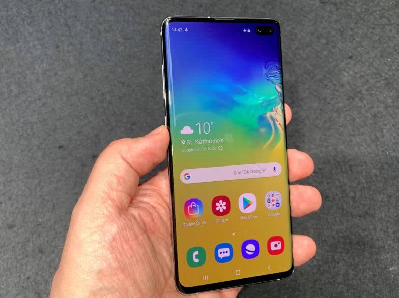Экран Galaxy S10+
