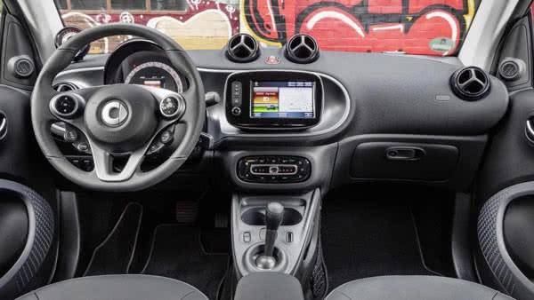 Smart fortwo electric drive салон