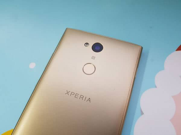 Sony Xperia L2 камера