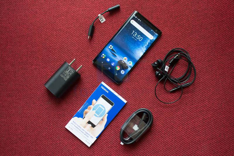 Nokia 8 Sirocco комплектация