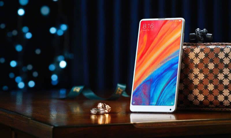 Xiaomi Mi MIX 2s дисплей
