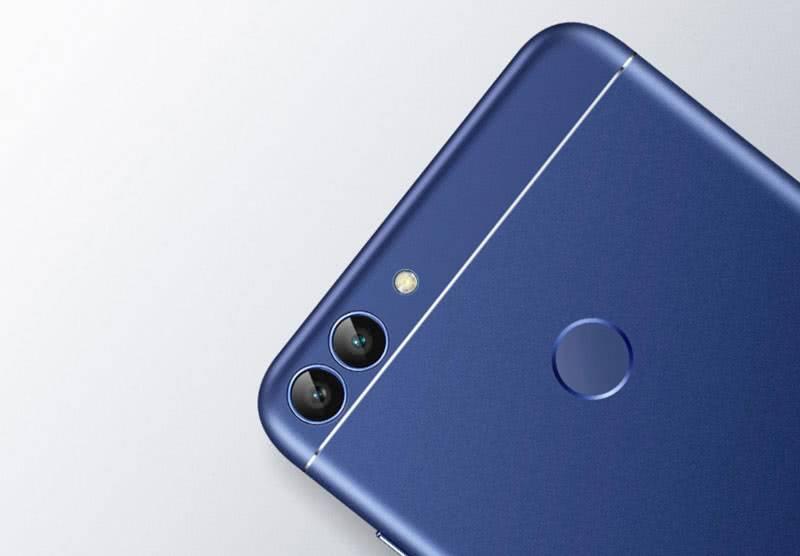 Huawei P Smart камера