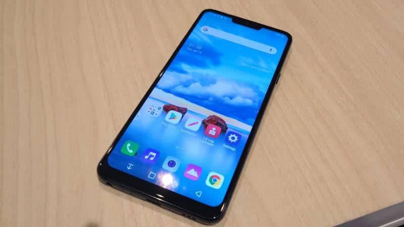 LG G7 ThinQ экран