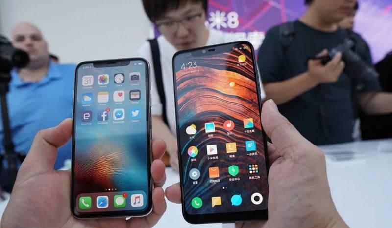 Сравнение Xiaomi Mi8 с Iphone X