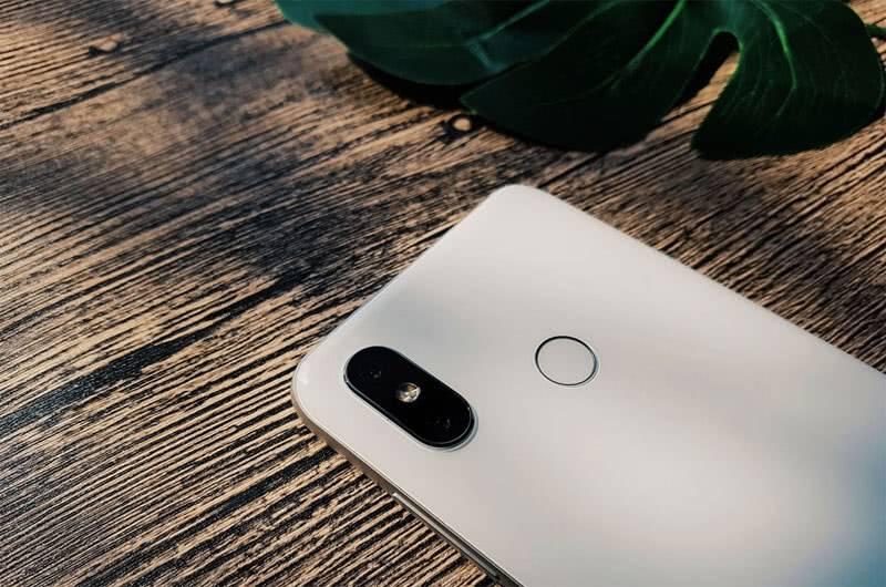 Камеры у Xiaomi Mi 8