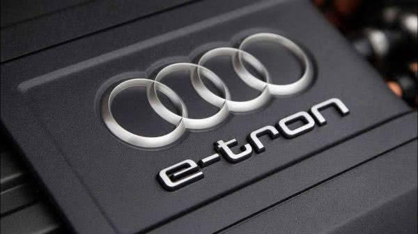 Audi e-tron quattro 2018 двигатель