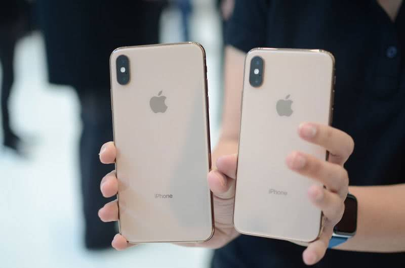 iPhone XS и XS Max задняя стенка