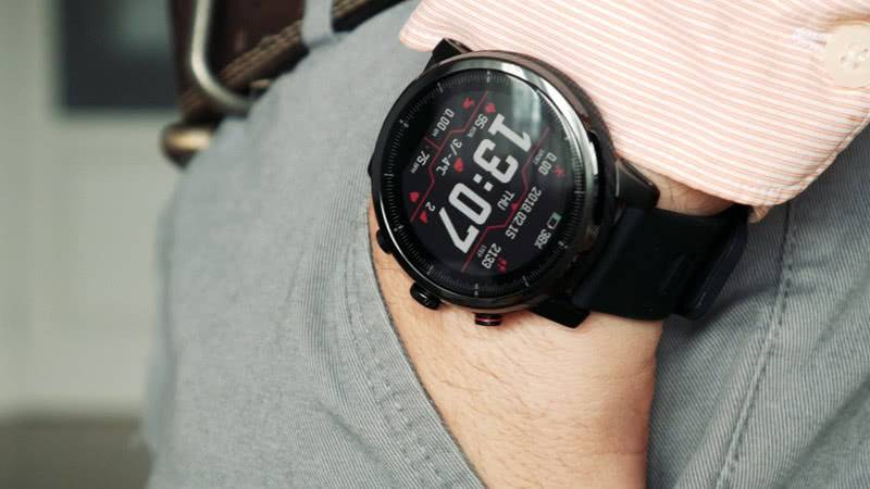 Huami-Amazfit-Stratos-2 умные часы