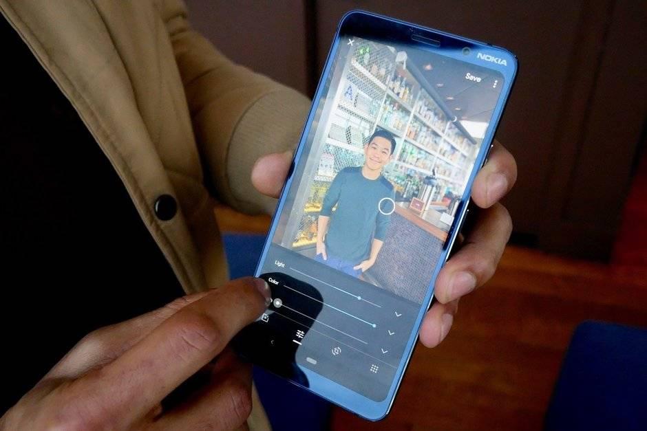 Редактирование фото в смартфон Nokia 9 PureView