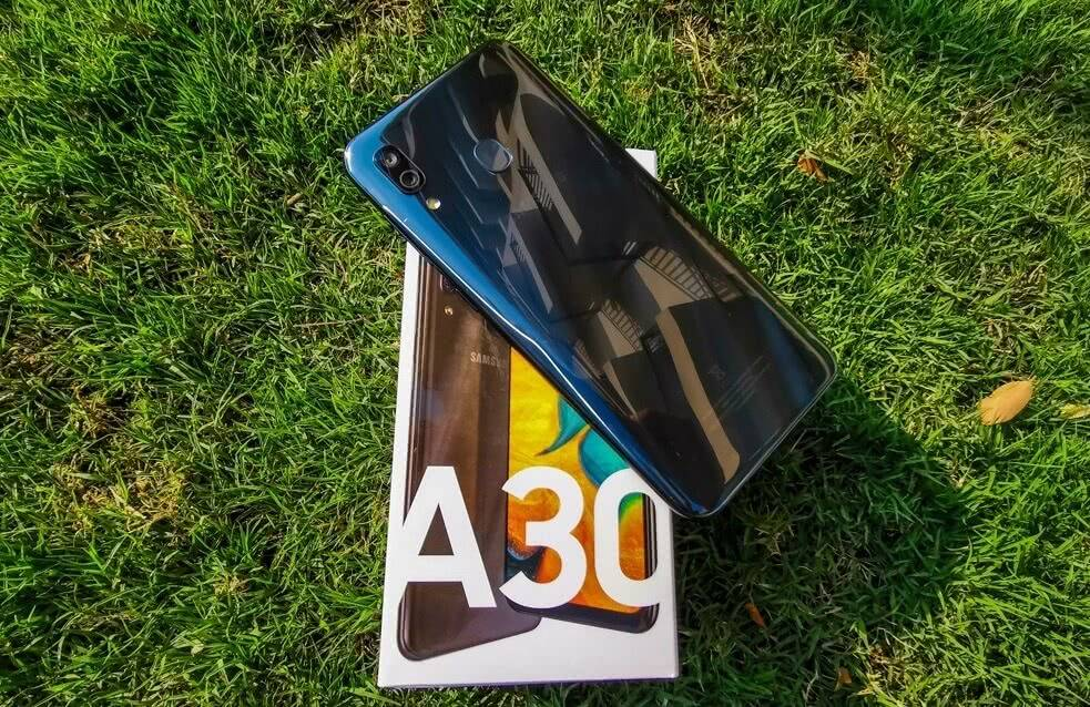 Коробка Samsung Galaxy A30