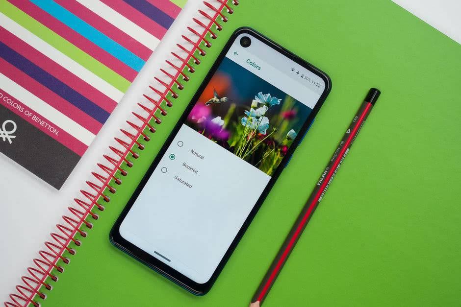 Экран Motorola One Vision